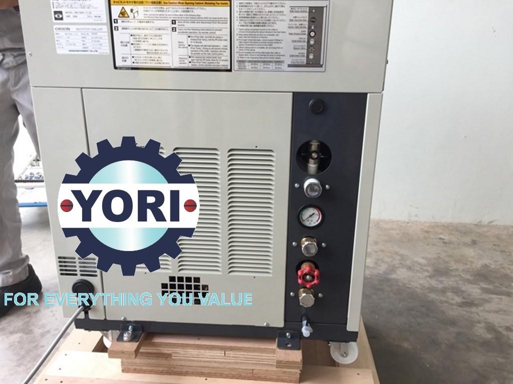 Location for Connecting Piping and valve for water chiler - Vị trí kết nối ống và van cho máy làm lạnh nước biến tần ORION.
