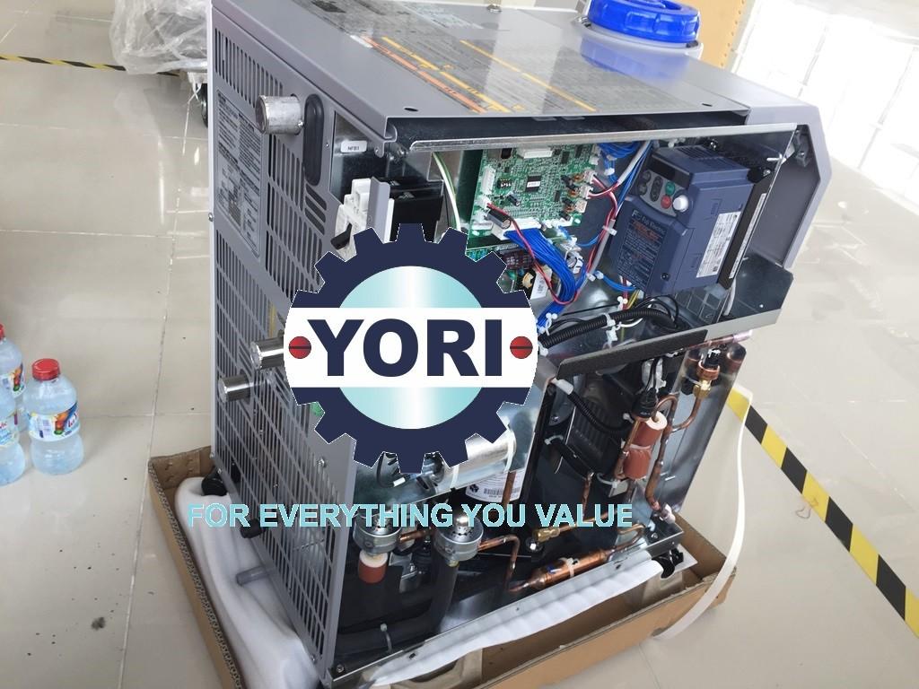 Inside the water chiller - Bên trong máy làm lạnh chiller ORION