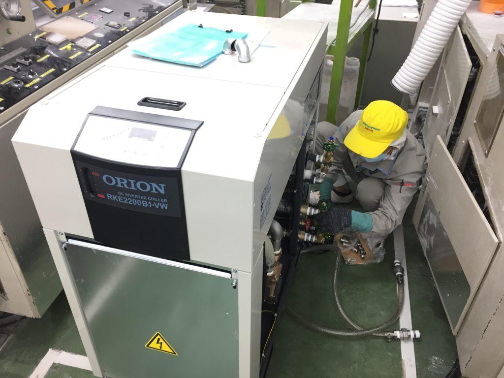 Kết nối ống và van cho máy làm lạnh nước